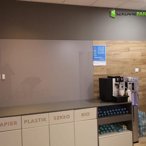 Realizacje paneli szklanych do kuchni i dekoracyjnych